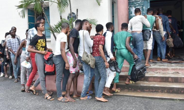Lagos parades homosexuals
